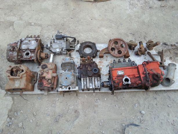 продам запчасти на трактор дт-75
