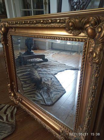 Espelho antigo.  80 x 75 cms. Saldo a 150
