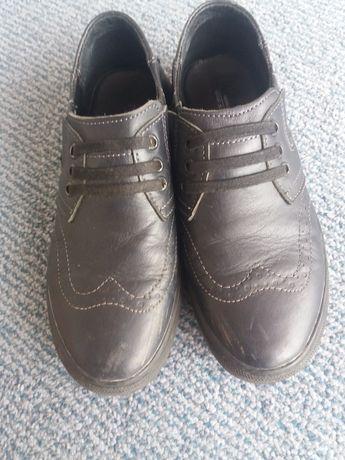 Туфлі на хлопчика 37р.Натуральна шкіра!