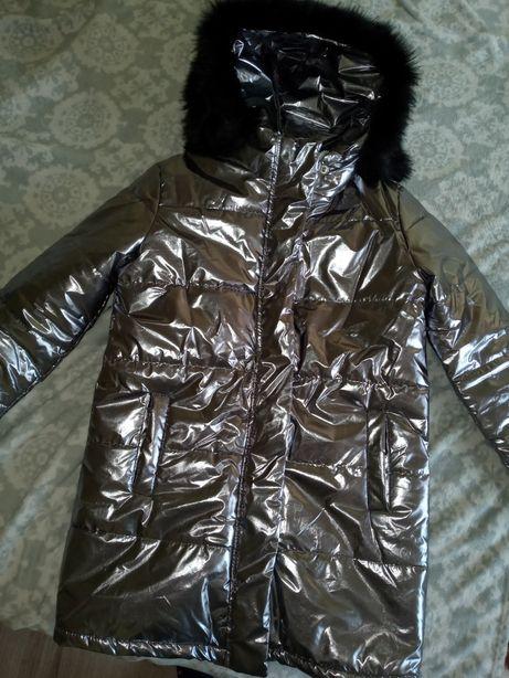 Курточка деми суперовая!