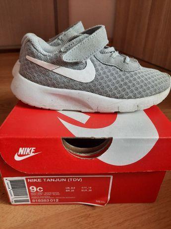 Nike Tanjun rozm. 26