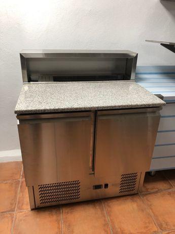 Bancada Refrigerada de pizza de duas portas com kit refrigerado