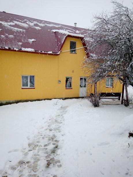 Будинок біля комори відпочинок в Карпатах