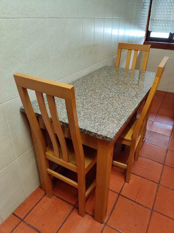 Mesa cozinha e cadeiras