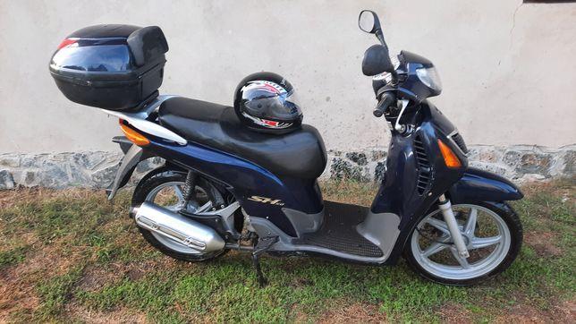 Скутер Honda SH150