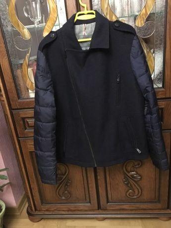 Чоловіча куртка, пальто.