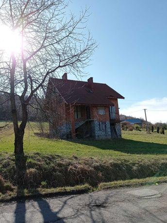 Dom wolnostojący w stanie surowym