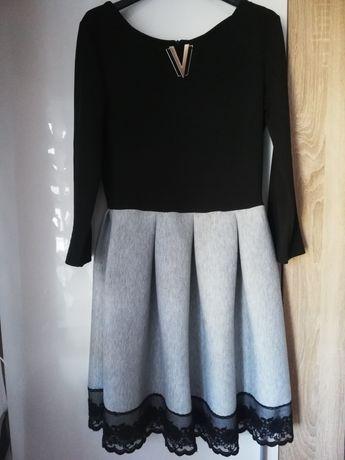 Sukienka czarno szara rozkloszowana, koronka M L