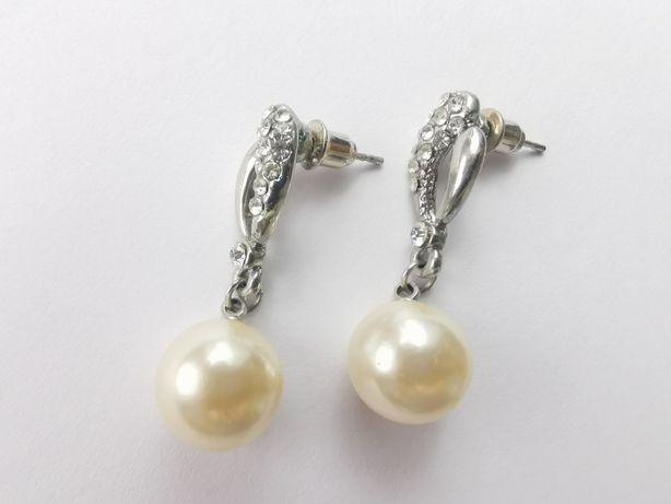 Kolczyki wiszące z perełkami perłami i diamencikami piękne
