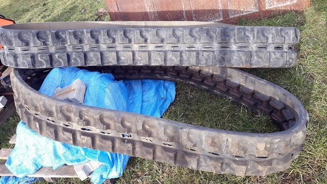 Gąsienice 250x41x109 Bridgeston JCB