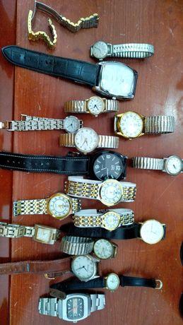 Conjunto de 17 relógios