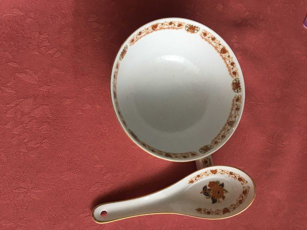 Zestaw tajwańskiej  porcelany ryżowej - miska , łyżka  i podstawka