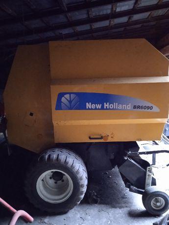 Prasa New Holland BR6090