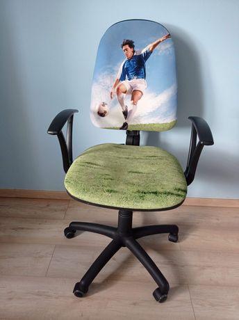 Krzesło obrotowe biurowe dla chłopca