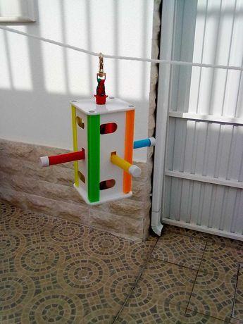 Poleiro brinquedo personalizado para aves