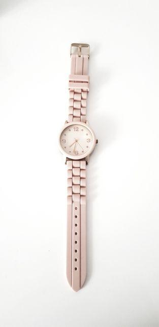 Zegarek pudrowy róż