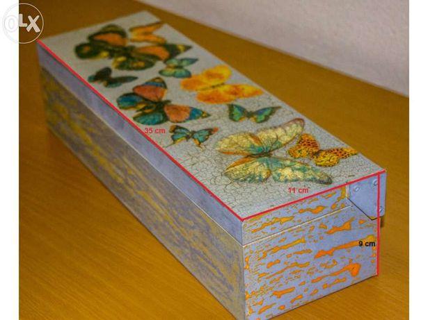 Caixa decorativa pintada à mão