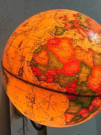 Candeeiro de parede globo terrestre