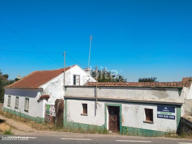 Quinta com duas casas e terreno de 3640m2 Cercal do Alentejo