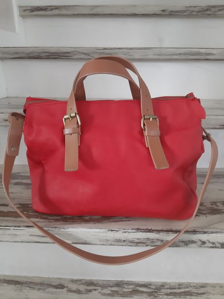 ZARA czerwona torebka z beżowym paskami eko skóra