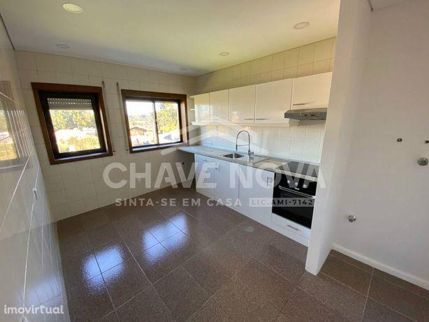 Excelente T3, 2 WC, com 116 m², Garagem e Piscina, em Avintes, VNG