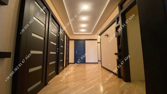 Я власник продаю 4-кім. квартиру (141 кв.м) вул. Котельникова 17