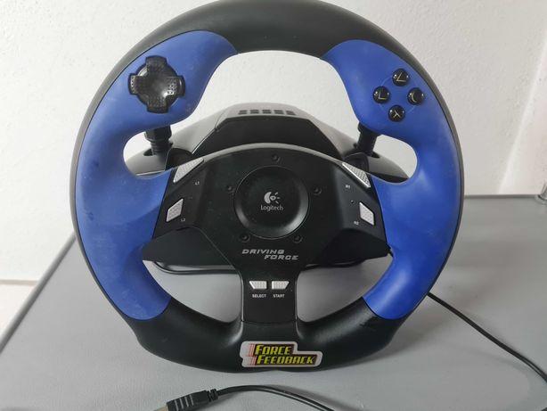 Volante Gaming PC com pedais