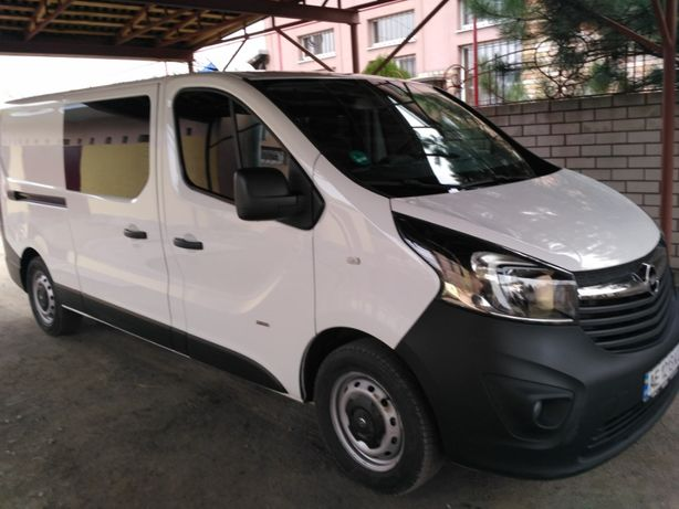 Заказ микроавтобуса 8 мест, перевозка грузов