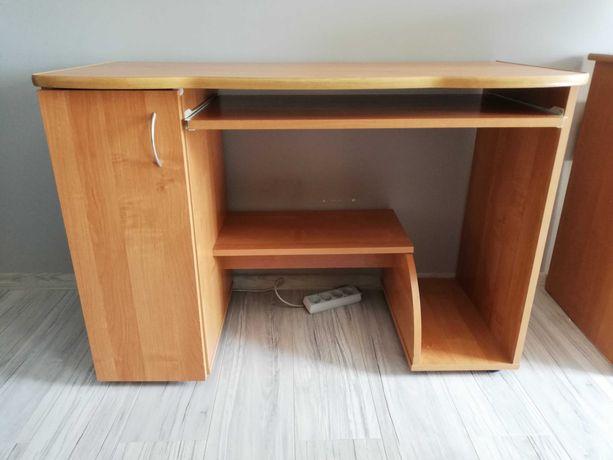 Sprzedam używane biurko w dobrym stanie!