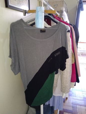 Dou blusa ombro descaído Tamanho S/M