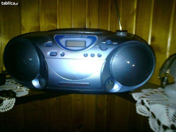 Radiomagnetofon z CD