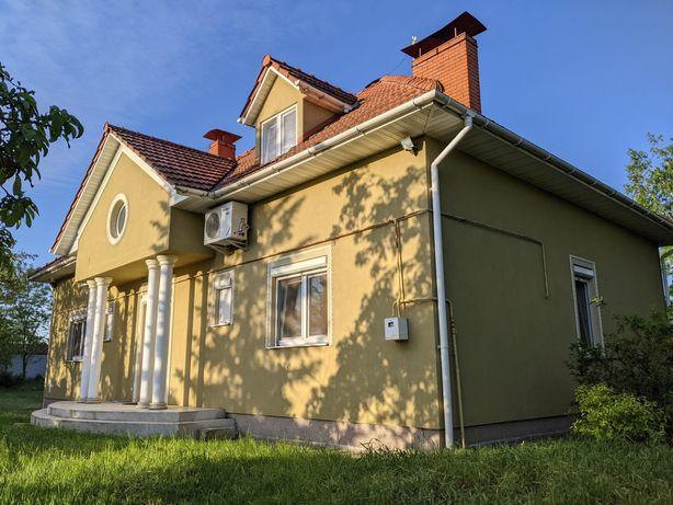 ПРОЦІВ якісний будинок з ремонтом та меблями біля ОЗЕРА