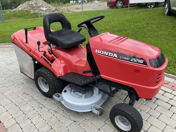 Traktorek kosiarka Honda 2216 - 16 km V2 pompa, manualna skrzynia