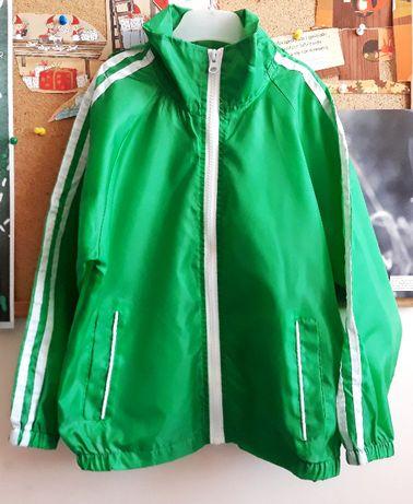 Cienka zielona kurtka przeciwdeszczowa wiatrówka Urban Alley 116/122