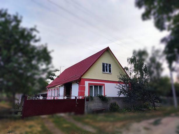Комфортний будинок в Київській області