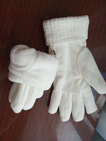 Теплые перчатки /Германия
