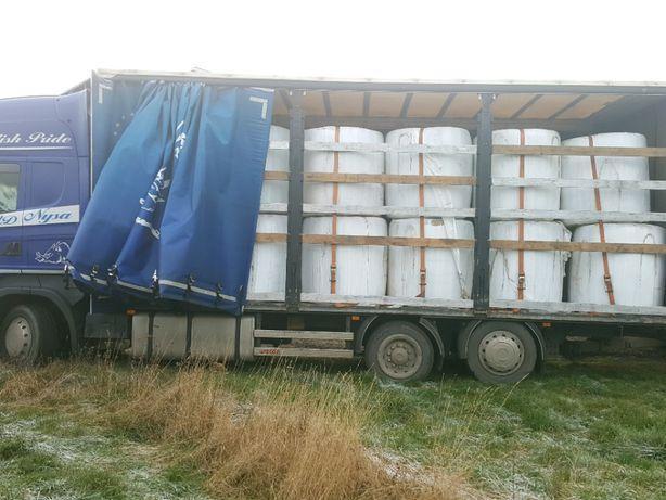 Siano i sianokiszonka 2020 z traw sianych koniczyny lucerny z dowozem