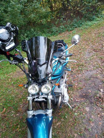 Motocykl Suzuki Bandit 600