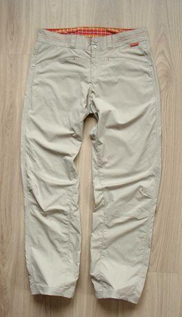 Peak Performance spodnie damskie trekkingowe (j.nowe) elastan M