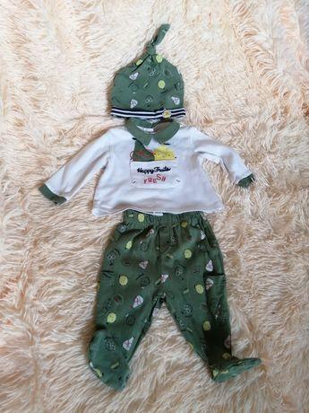 Трикотажный костюм: ползунки, распашенка, шапочка для новорожденного