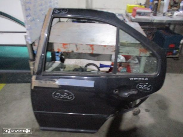 Porta POR2056 VW / BORA / 2002 / PRETO / TE / 5P /