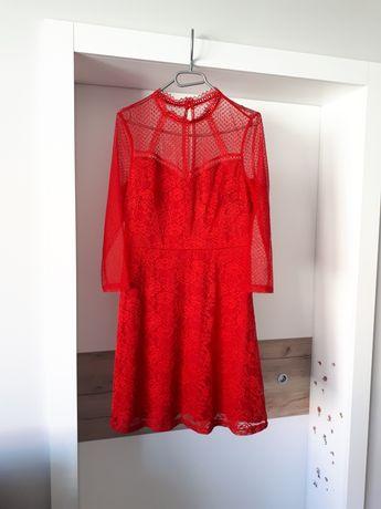 Czerwona koktajlowa sukienka 36