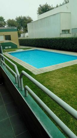 Arrendamento anual T2 como novo mobilado, com piscina, em Esposende.