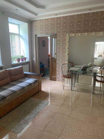 Продам 2-х двух комнатную квартиру на Черняховского (начало).