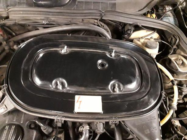 Mercedes w201 190 obudowa