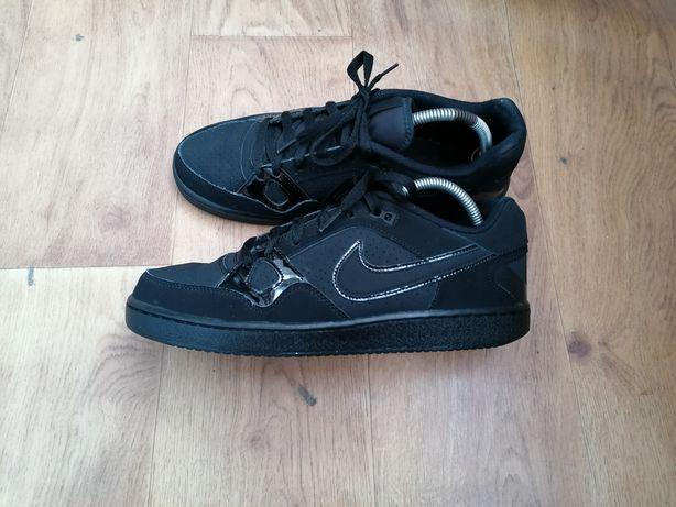 Nike Force EU-44. 28см