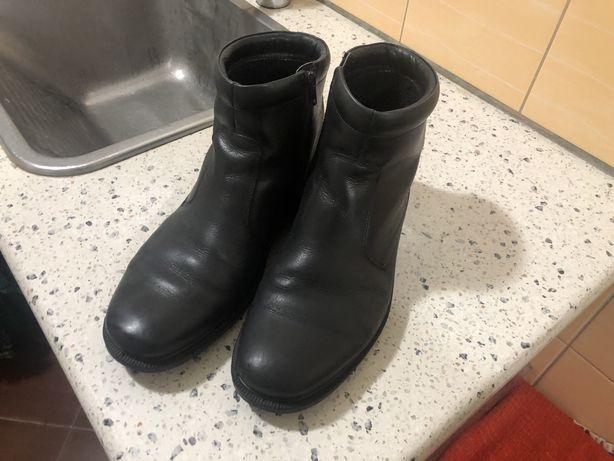 Ecco 44 чоботи черевики