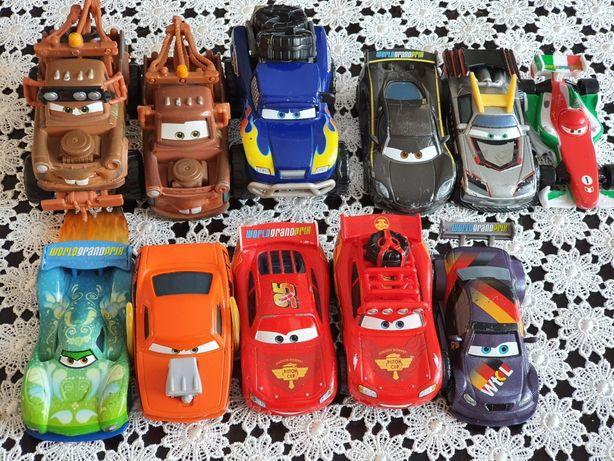 Autka resoraki z bajki Cars Auta na licencji Disneya 11 sztuk okazja