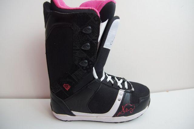 Nowe buty snowboardowe NIDECKER EVA ROZM 37 23.5 CM szwajcaria