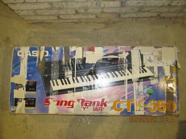 Keyboard Casio CTK-550, W bardzo dobrym stanie